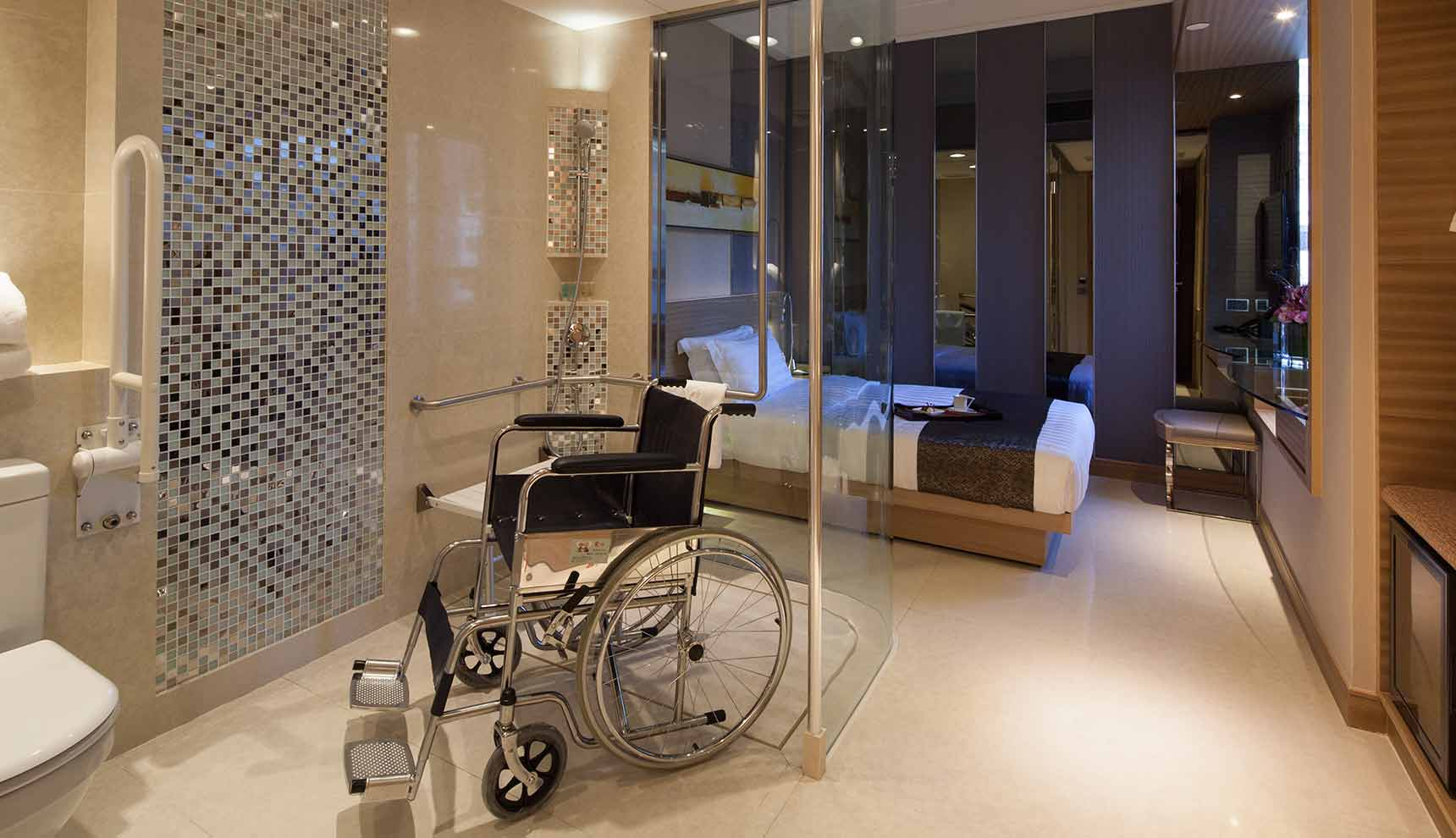 Disabled rooms four star business hotel in mong kok hong for Special hotels